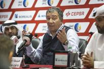 Henk ten Cate should be retained as his