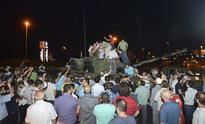 Turkey military coup: Soldiers on Istanbul's Bosphorus bridge surrender