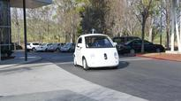 Feds declare that Google's self-driving car is its own driver - Roadshow