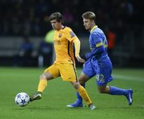 Barcelona midfielder back in training after thigh injury