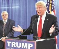 Trump calls Hillary 'biggest loser', invites her to contest again in 2020
