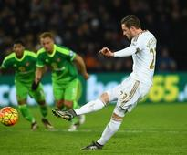 Gylfi Sigurdsson's resurgence explained: The tactical reasons behind the Iceman's superb Swansea City form