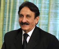 Iftikhar Chaudhry calls for electing new PM