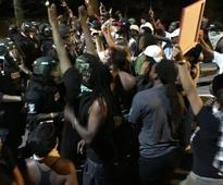 1 dead in US protest; police say they didn't shoot