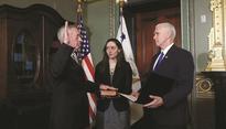 Ex-generals sworn in to join US cabinet