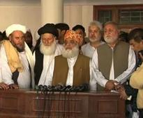 JUI-F decides to vote for Nawaz Sharif