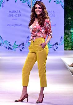 Pix: Esha Gupta, Ali Fazal launch summer fashion