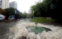 Torrential rain in Moscow beats century-old record