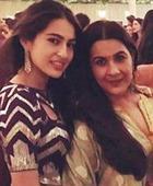 Amrita Singh against daughter Sara Khan wearing bikini in 'SOTY 2'