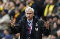 Pardew hopes warning from England rugby's Jones can inspire Palace