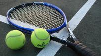 Top seeds triumph