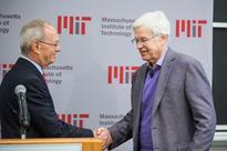 An Economics Nobel for Examining Reality