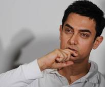 Aamir Khan takes to smoking! Find out why