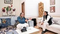 Yadav pari-war: Now, Mulayam and son Akhilesh Yadav differ on backing Ram Nath Kovind for Presidency