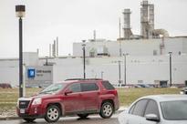 Canada union, GM spar as automaker cuts U.S. plant output