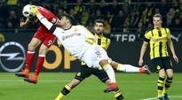 Borussia Dortmund keeper Roman Buerki sidelined with broken hand