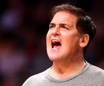 In a Twitter rant, billionaire Mark Cuban tells Clinton how to become more likeable