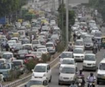 Odd-Even: Delhi HC seeks response from LG, MHA