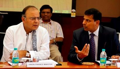 Jaitley disapproves personal attack on Rajan, Congress seeks apology