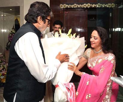 PIX: Amitabh-Shatrughan party with Hema Malini