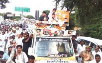 Rahul Gandhi shown black flags in Sonia Gandhi's constituency Rae Bareli during Kisan Yatra
