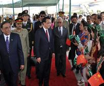 Chinese PM arrives in Islamabad amid warm welcome