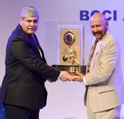 Indian cricket board honours Kirmani with Lifetime Achievement Award