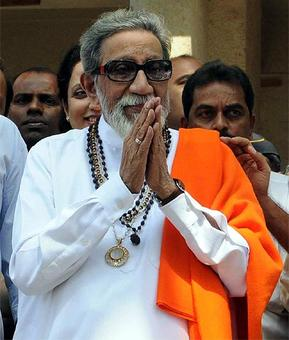 Sena minister equates Bal Thackeray with Mahatma Gandhi over memorial issue