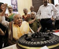 Veteran Zohra Sehgal turns 101; last seen in Cheeni Kum, Sawariya