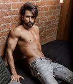 Shahid Kapoor to star in TEPK director Shree Narayan Singh's next - News