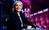 Marine Le Pen goes all-out to win votes among far-Left and mainstream Right