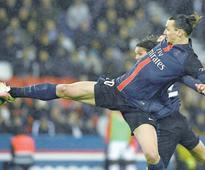 PSG rout Rennes to equal points record