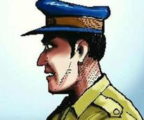 Plainclothes policeman robbed in South Delhi