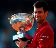 Djokovic Slams his way into history