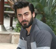 Fawad Khan replaces Hrithik Roshan in Zoya Akhtar's upcoming venture ( 448 )