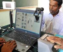 'Mandatory Aadhaar a threat to basic rights'