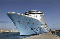 Cruise ship docks at Florida port after powerful storm at sea