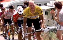 Former Tour winner Riis sponsors Danish team