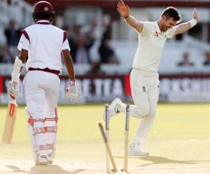 3rd Test, Day 2: England take charge