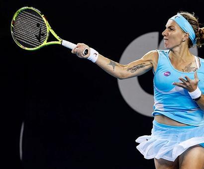 Kuznetsova wins in Moscow to claim last WTA Finals berth
