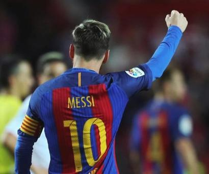'Extraterrestrial' and 'best of all time' Lionel Messi nets 500th Barcelona goal