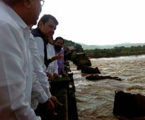Bridge collapse: Can't stop 'disaster touris...