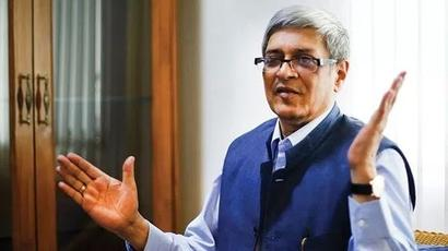 Bibek Debroy may take over as PM's economic advisor