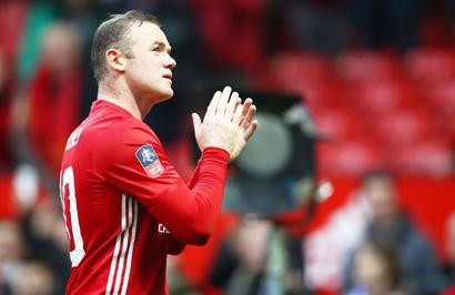 Manchester United's Rooney rejoins boyhood club Everton