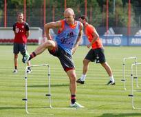 Injured Bayern Munich winger Robben out for six weeks