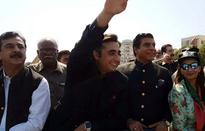 Bilawal leading anti-government rally from Lahore to Faisalabad