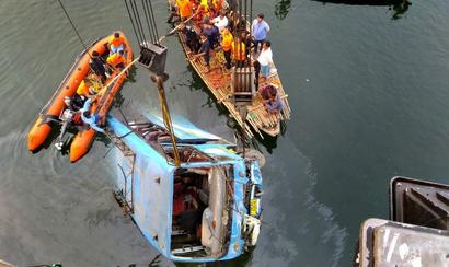 36 killed as bus plunges into canal in Murshidabad