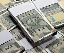 Govt sees FY17 per capita income rising 10% to Rs 103,818