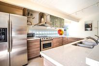 Mid-Century bungalows in Palm Springs -  The Alexander Construction Company