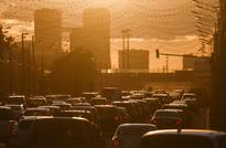 Scientists link higher risk of dementia to living near heavy traffic